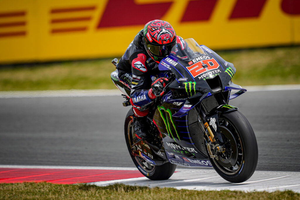 MotoGP   Gp Assen Gara: Quartararo domina, Vinales e Mir sul podio, caduta per Rossi