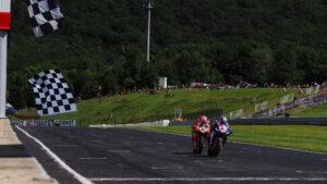 Superbike   Round Repubblica Ceca, Gara1: vince Razgatlioglu all'ultimo giro