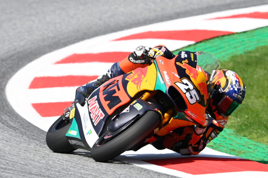 Moto2 | Gp Austria Gara: Raul Fernandez batte Ogura e accorcia in Campionato