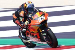 Moto2   Gp Misano Gara: doppietta Red Bull Ajo, Fernandez batte Gardner